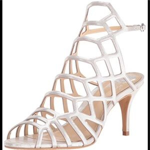 NWT Vince Camuto Paxton Caged Heel Pearl Earl Grey